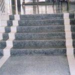 Qual a diferença entre piso de granilite e piso fulget